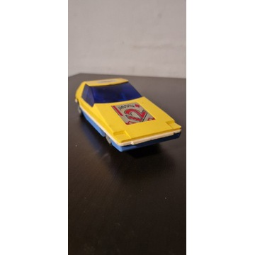 Zabawka samochód  na baterię  PRL