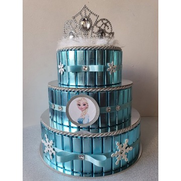 Tort z czekoladek Kraina Lodu ELSA Urodziny