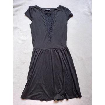 Sukienka nowa Sinsay XS - zakup wspiera zbiórkę
