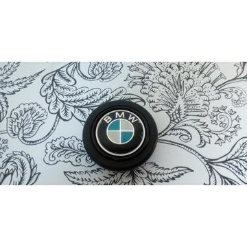 Przycisk klaksonu kierownicy sportowej BMW momo