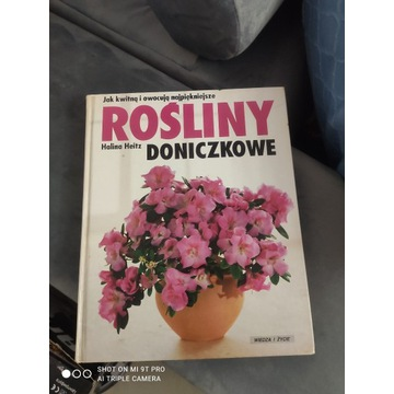 Sprzedam poradnik, książkę o kwiatach domowych