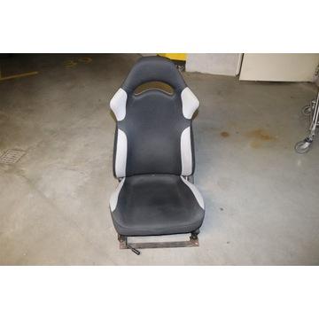 Fotel sportowy - Subaru Impreza GT