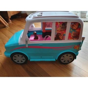 Kamper dla Barbie z wyposażeniem