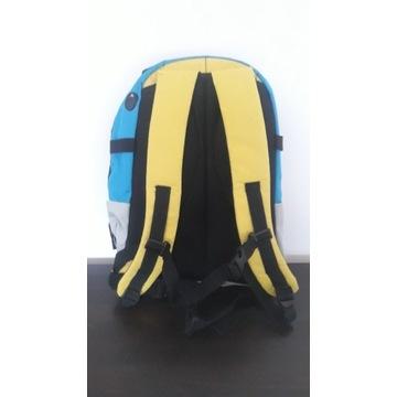 Plecak turystyczny z karabińczykiem