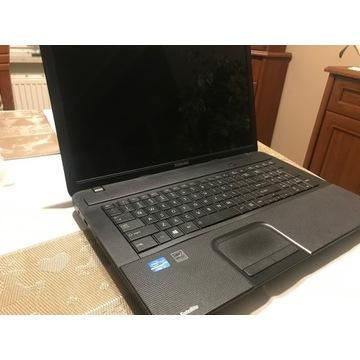 Notebook Toshiba Satelite 17 cali