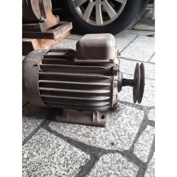Silnik 3-fazowy 3F około 3/3,5 kW