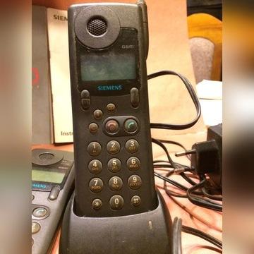 Stary telefon stacjonarny marki SIEMENS S6D.