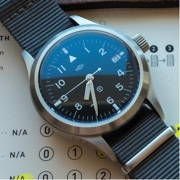 Zegarek MKII Hawkinge Date