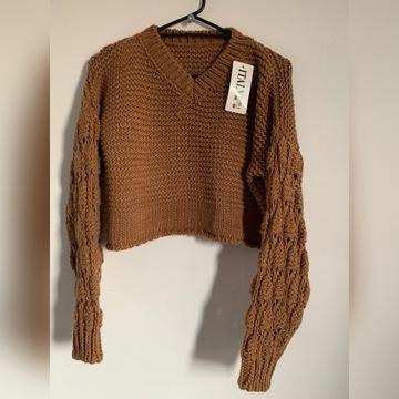 Sweterek crop top