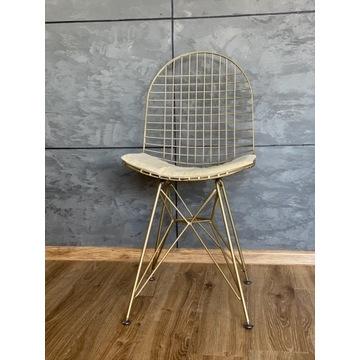Metalowe krzesło, w stylu loft.