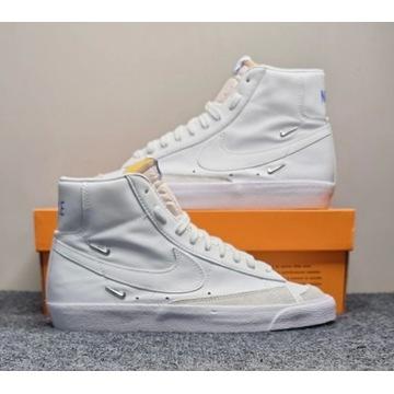Nike - Blazer Mid '77 SE White Hyper Royal R.41