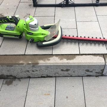 Akumulatorowe nożyce do żywopłotu greenworks