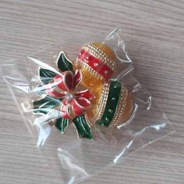 Broszka - świąteczne bombki