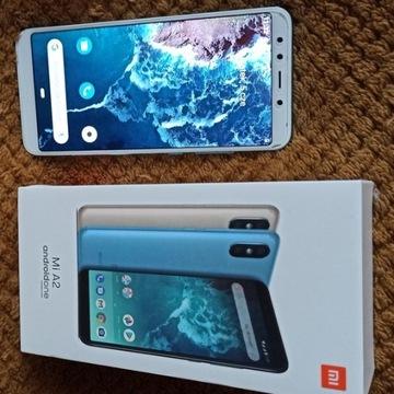 Smartfon XIAOMI Mi A2  64 GB