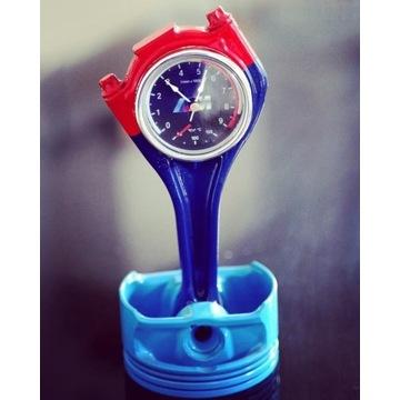 Zegarek z tłoka BMW