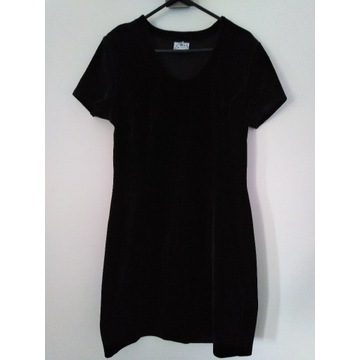 Czarna sukienka Fala