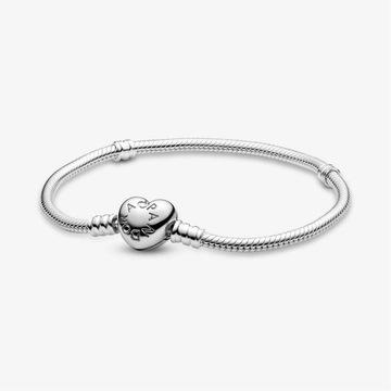 Bransoletka Pandora Moments kształt serca