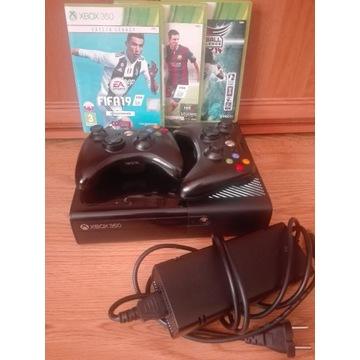 Xbox 360 konsola, 2 pady, FIFA 19, 17, piłka reczn