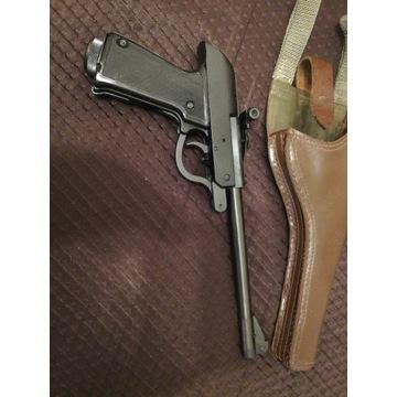 Pistolet Łucznik wz 70