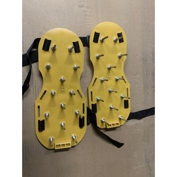Raki do butów z długimi kolcami