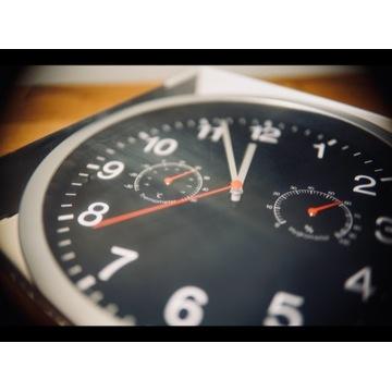 Zegar ścienny z termometrem i higrometrem