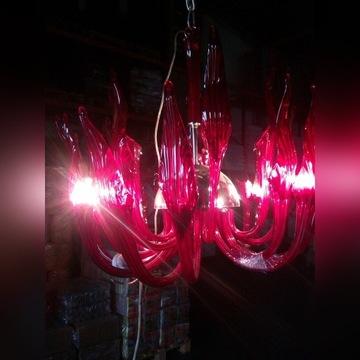 Żyrandol duży szklany rubinowy bardzo efektowny