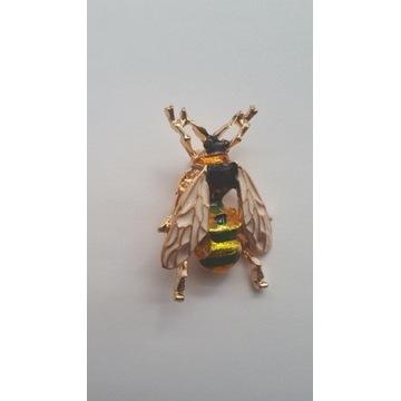 Broszka pszczoła osa owad nowa piękna