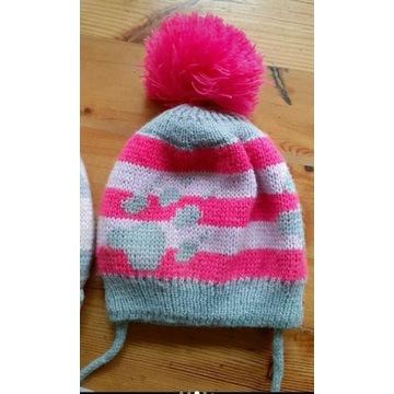Ciepła czapka dla dziewczynki 6- 9 mc
