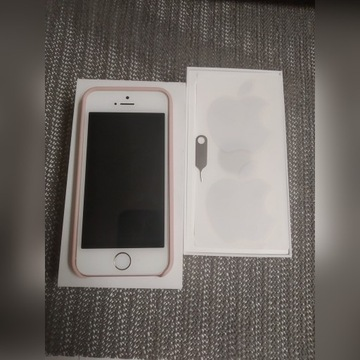 Apple iPhone SE  / 32GB Rose Gold
