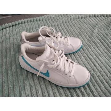 Buty Nike stan b.dobry 39