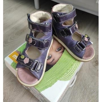 Buty sandałki Memo Viki 3NA r. 26