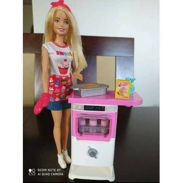 Lalka Barbie z kuchenką