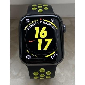 Apple Watch Nike Series 4,  44 mm gwarancja