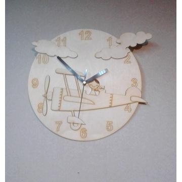 Zegar ścienny samolot z chłopcem