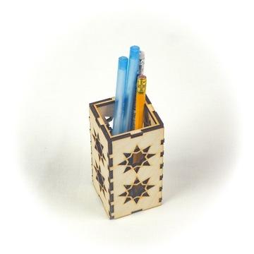 Pudełko na długopisy/ołówki
