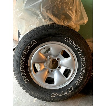 Yokohama Geolandar AT 235/70 r16 5x139,7