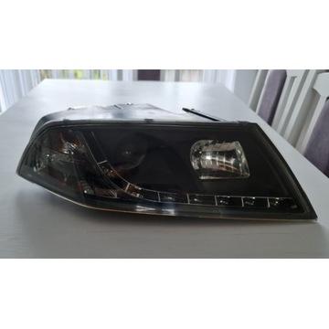 Reflektor lampa prawa przód octavia 2 II LED