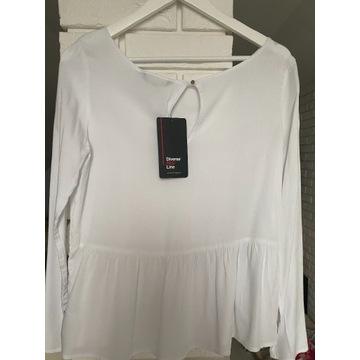 Zwiewna biała bluzka z baskinką S