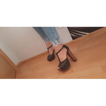 Czółenka,sandały,ażurowe na wysokim obcasie r.39