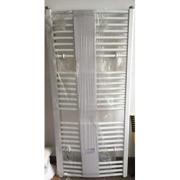 Grzejnik łazienkowy KDO 600/1320, rozstaw 40cm.