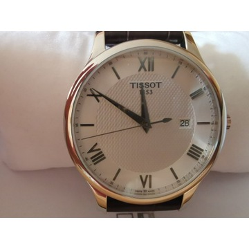 Zegarek kwarcowy 42 mm Tissot Tradition