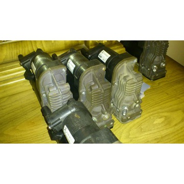 ZstNap kompresor zawieszenia mercedes ML W164 W221
