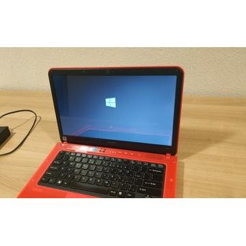 Laptop Sony Vaio PCG-61714M Czerwony