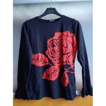 Czarny sweterek Monnari z różą