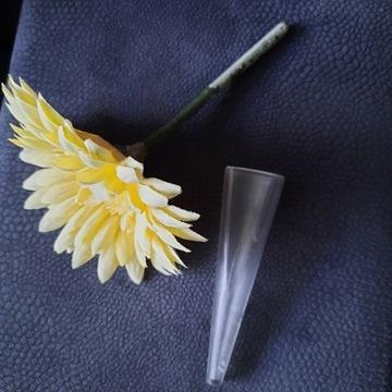 Vw new beatle- kwiatek plus wazonik