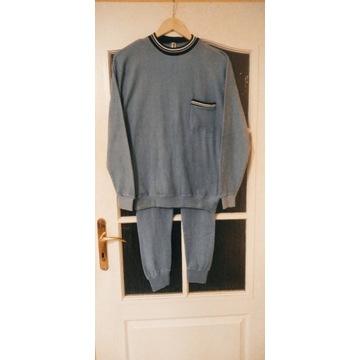Sprzedam niebieską pidżamę frotte męską marki Trin