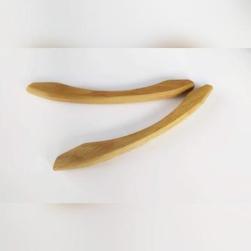 Uchwyty drewniane U-8041 dąb, wosk, rozstaw 205mm