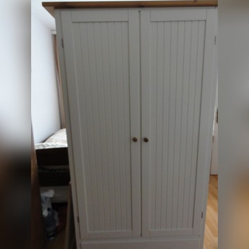 szafa biała solidna używana drewno