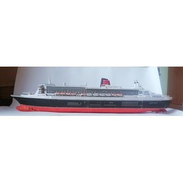 Model statku Queen Mary 2
