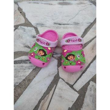 Buty, chodaki dziewczęce Crocs.Rozmiar 20